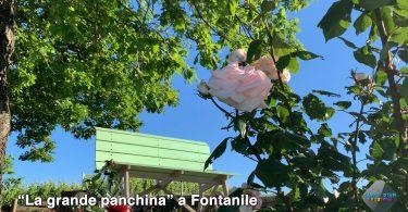 La grande panchina a Fontanile
