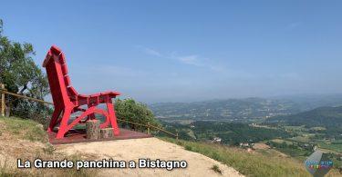 La grande panchina a Bistagno